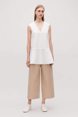 Cos FLARED SLEEVELESS COTTON TOP
