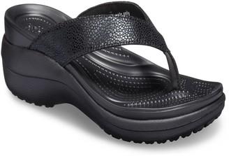 552e6cdaf7c2 Crocs Capri Metallic Texture Women s Wedge Flip Flop Sandals