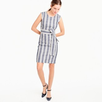 Belted dress in linen $128 thestylecure.com