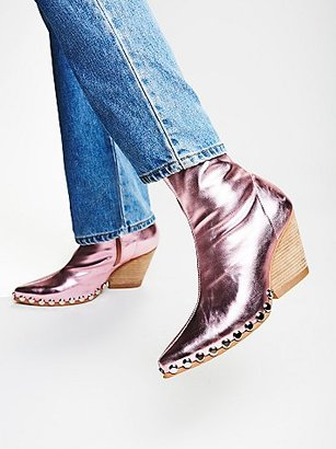 Jagger Boot by Jeffrey Campbell at Free People $168 thestylecure.com