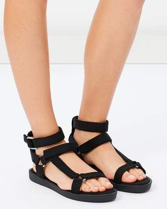 Call it Spring PRORESIEN - Walking sandals - black YSGEuyEh