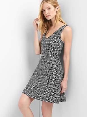 Gap Fit and flare V-neck dress