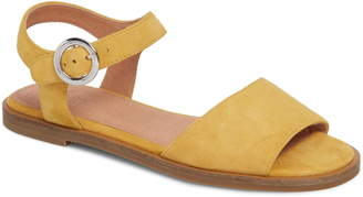 Caslon Maddie Flat Sandal