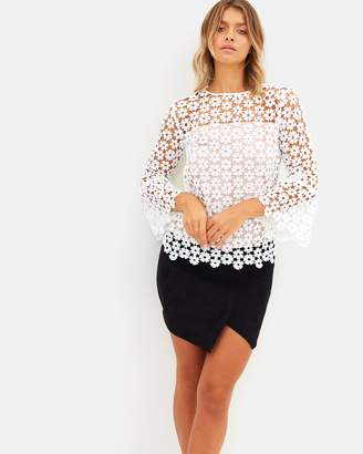 Atmos & Here ICONIC EXCLUSIVE - Bella Bell Sleeve Top
