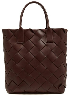 Bottega Veneta Intrecciato Leather Tote Bag - Womens - Burgundy