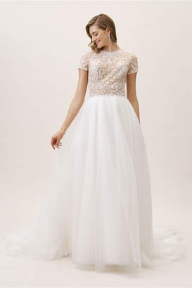 New View Whispers & Echoes Bradshaw Gown