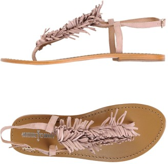 Minnetonka Toe strap sandals