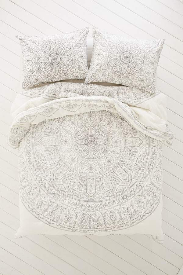 Urban Outfitters Plum Amp Bow Soukay Delicate Comforter