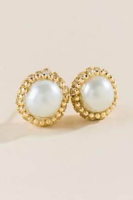 francesca's Morgan Pearl Stud Earrings - Pearl
