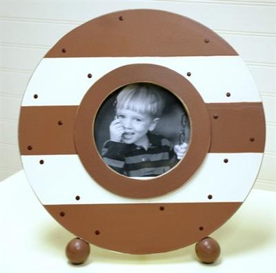 Circle Frame Chocolate