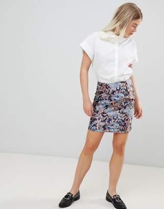Minimum Moves By Jacquard Skirt