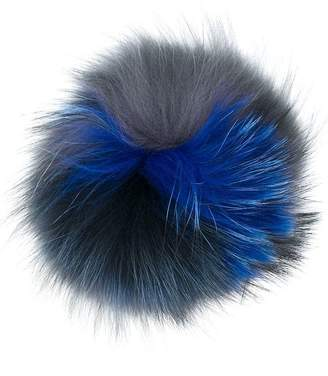 Woolrich attachable pompom