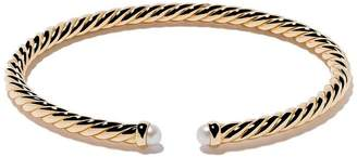 David Yurman 18kt yellow gold Cable Spira pearl cuff bracelet
