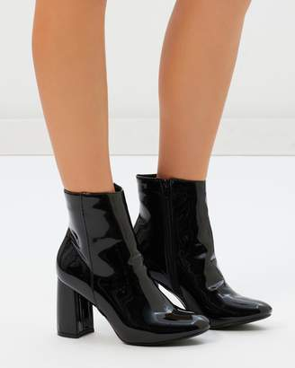 Missguided Block Round Toe Patent Ankle Boots