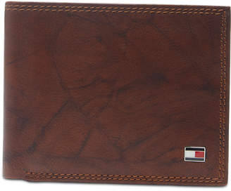 cd88734eb8 Tommy Hilfiger Men Traveler Extra-Capacity Leather Wallet