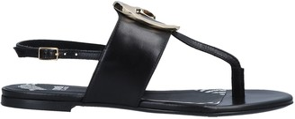 Class Roberto Cavalli Toe strap sandals