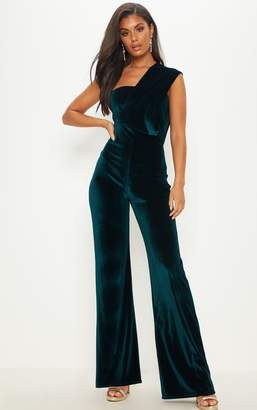 PrettyLittleThing Emerald Green Velvet Drape One Shoulder Jumpsuit