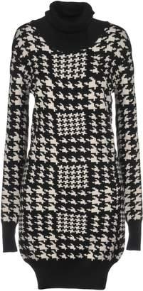 Jeordie's Short dresses
