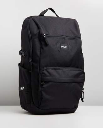 Oakley Street Pocket Backpack