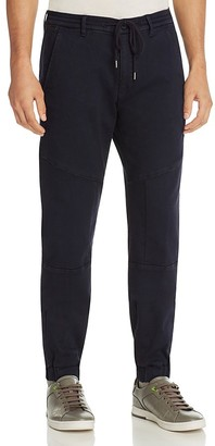 BOSS Green Darryl Denim Jogger New Tapered Fit Jeans in Navy $185 thestylecure.com