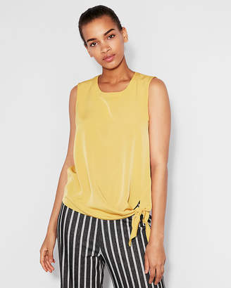 Express Knot Hem Shell Top