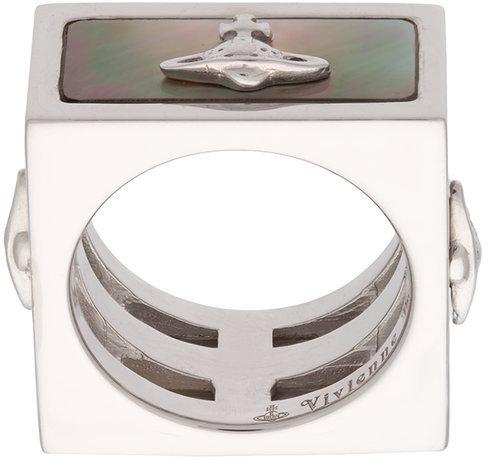 Vivienne WestwoodVivienne Westwood Tomo ring