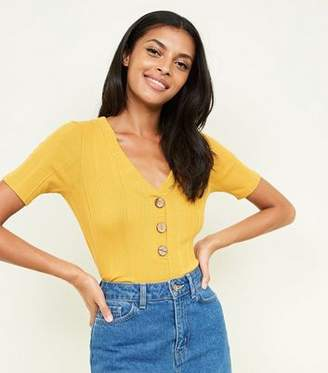 New Look Mustard Ribbed Button Front 1/2 Sleeve Top