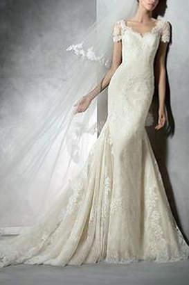 Pronovias Tair Wedding Dress