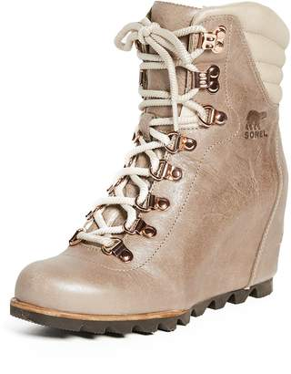 Sorel Women's Conquest Wedge Holiday Booties