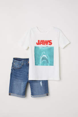 H&M T-shirt and Denim Shorts - White