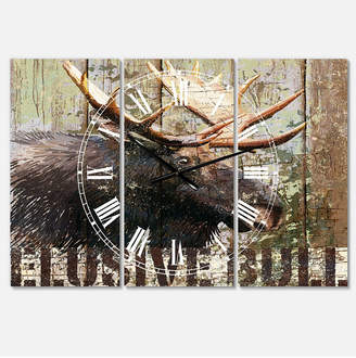 "Designart Open Season Moose Large Traditional 3 Panels Wall Clock - 23"" x 23"" x 1"""