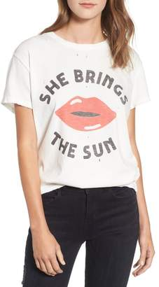 Junk Food Clothing She Brings the Sun Tee
