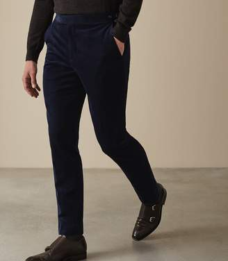Reiss Our last order date for Christmas has now passed LINCOLN CORDUROY SLIM FIT TROUSERS Navy