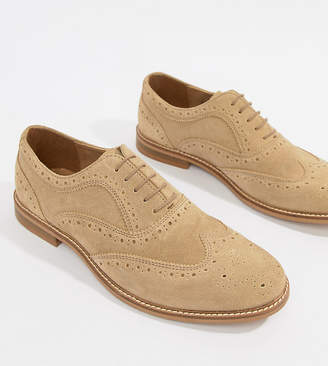 Asos (エイソス) - ASOS DESIGN brogue shoes in stone suede with natural sole