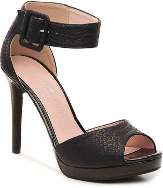 Chinese Laundry Faire Platform Sandal - Women's