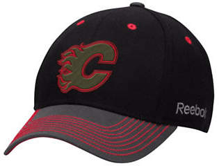 Reebok Calgary Flames Face-Off Tri-Tone Structured Flex Cap