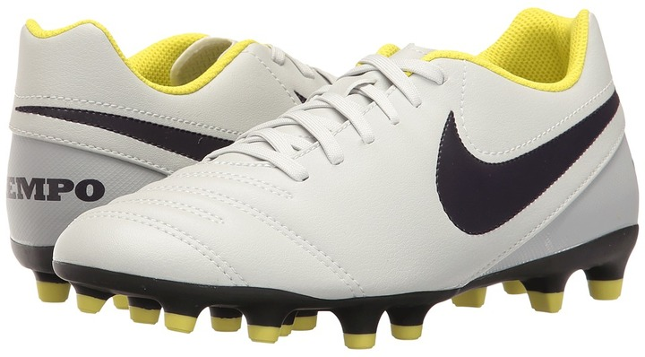Nike - Tiempo Rio III FG Women's Soccer Shoes