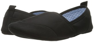 Acorn - Pack Go Moc w/ Travel Pouch Women's Slippers $36 thestylecure.com