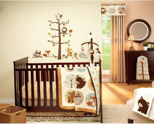 Carter'sCarter's Friends 4 Piece Crib Bedding Set