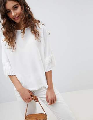 B.young Pleated Sleeve Top