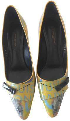 Louis Vuitton Yellow Patent leather Heels