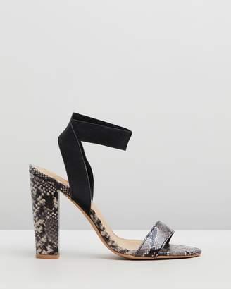 Spurr Quiver Block Heels