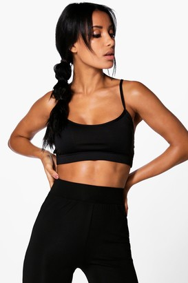 boohoo Fit Performance Cross Strap Sports Bra