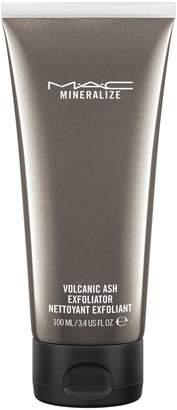 Ash MAC Cosmetics MAC Mineralize Volcanic Exfoliator