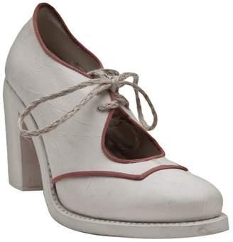 Cherevichkiotvichki chunky heel ankle boot