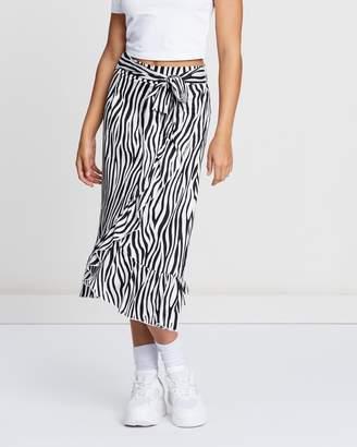 Missguided Satin Zebra Frilled Hem Belted Skirt