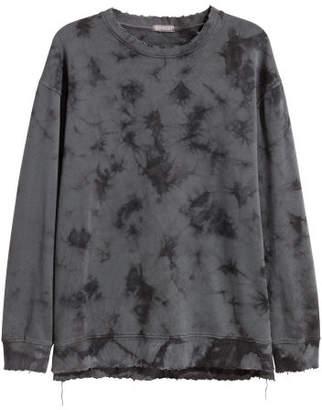 H&M Batik-patterned Sweatshirt - Black