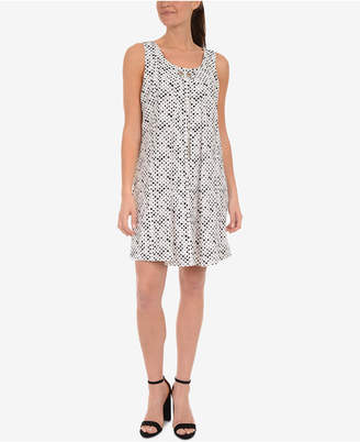 NY Collection Pleated Grommet-Chain Shift Dress