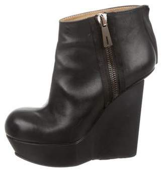 Acne Studios Leather Round-Toe Ankle Boots Black Leather Round-Toe Ankle Boots