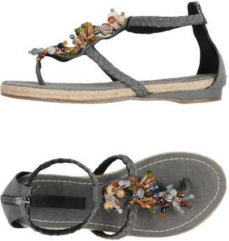 Apepazza Toe strap sandals
